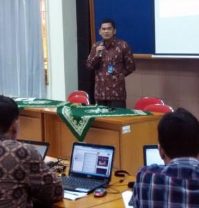 Direktur SDM memberikan pengarahan kepada peserta