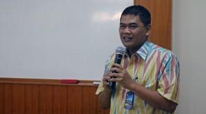 Direktur SDM membuka pelatihan pembuatan blog bagi dosen