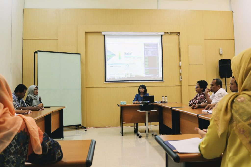 intensive-english-course-for-staff-2017 (2)