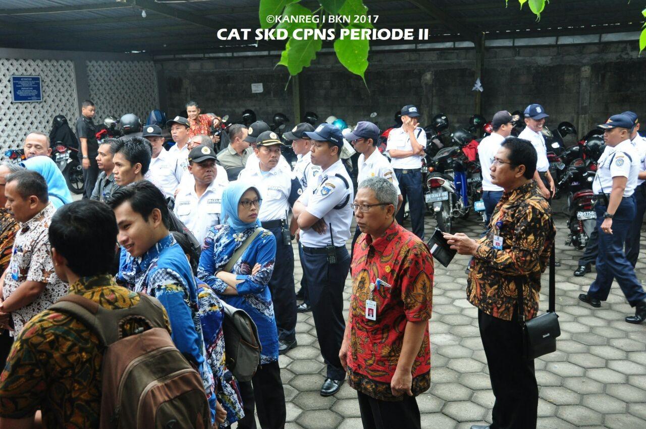 Satuan Keamanan dan Keselamatan Kampus (SKKK) UGM  turut menjaga Kegiatan SKD CPNS Kemenristekdikti 2017